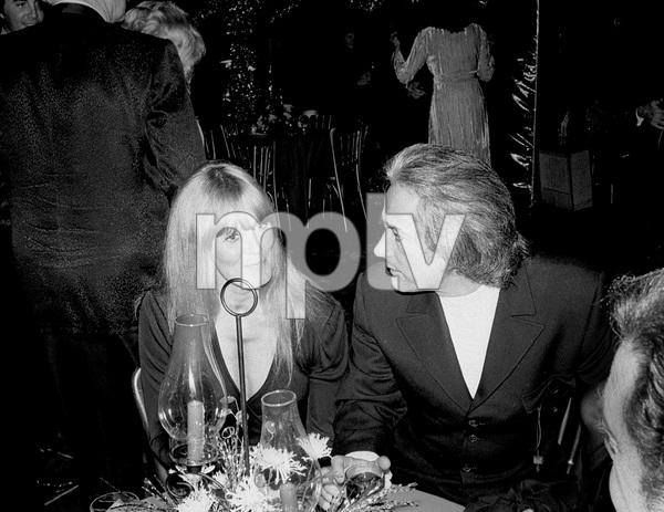 John Wayne PartyJohn Derek, Linda Evans1972 © 1978 Ernest Reshovsky - Image 16529_0004