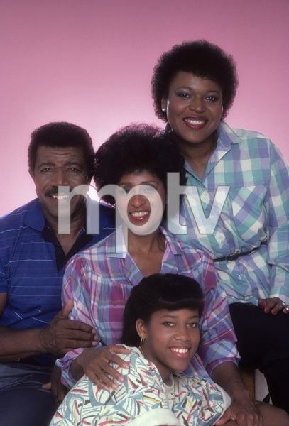 """227""Regina King, Hal Williams, Marla Gibbs, Alaina Reed-Hall1985© 1985 Mario Casilli - Image 16741_0003"