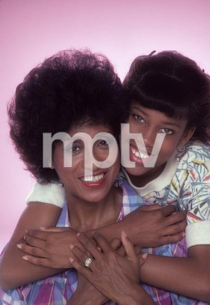 """227""Regina King, Marla Gibbs1985© 1985 Mario Casilli - Image 16741_0004"
