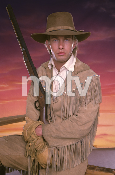 """The Young Riders""Stephen Baldwin1989 © 1989 Mario Casilli - Image 16837_0006"