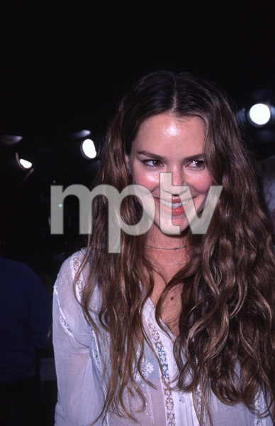 """Urban Legends: Final Cut"" Premiere.9/19/00.  Jocinda Barrett. © 2000 Glenn Weiner - Image 17222_0008"