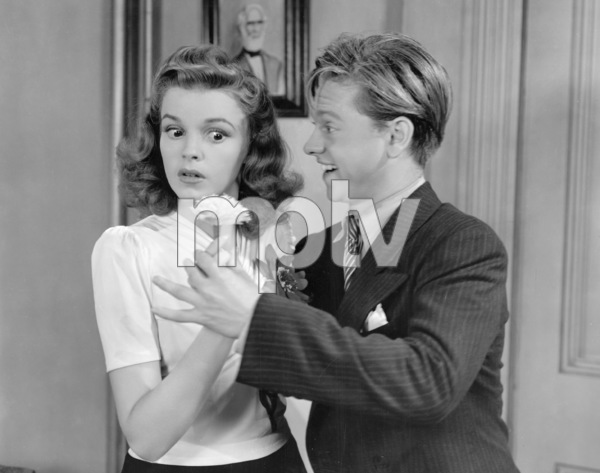"""Babes on Broadway""Judy Garland, Mickey Rooney1941 MGM** I.V. - Image 17260_0003"