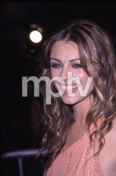 """""""Bedazzled"""" Premiere.Elizabeth Hurley.  10/17/00. © 2000 Scott Weiner - Image 17264_0003"""