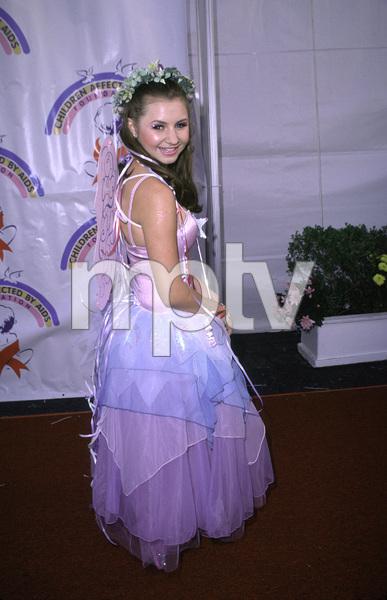 Beverley MitchellDream Halloween 2000, 10/29/00. © 2000 Scott Weiner - Image 17275_0024