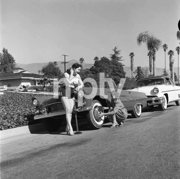 Female Mechanics1955© 1978 Sid Avery - Image 17293_0005
