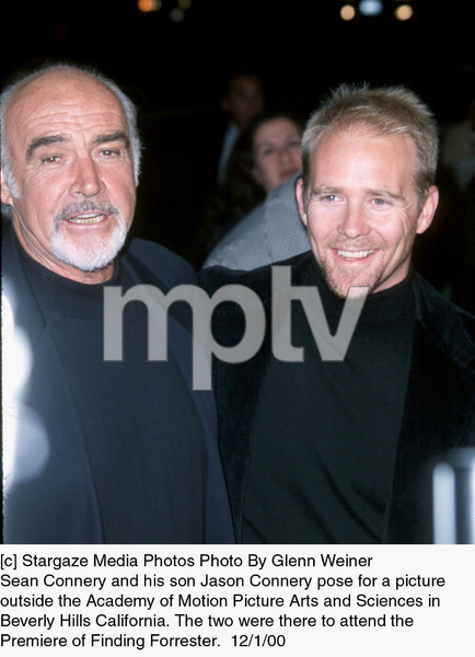 Sean Connery Son Jason Connery Finding Forrester Premiere 12 1 00 C 2000 Glenn Weiner Image 17336 0102 Most Iconic Images Of The 20th Century Mptv Images