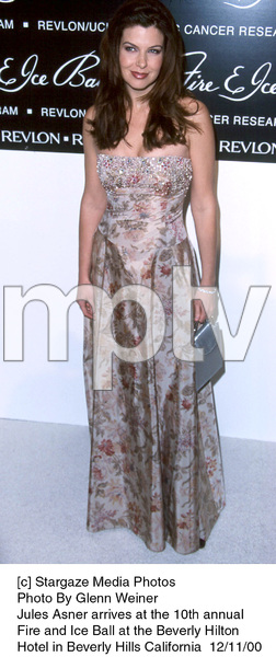 """Jules Asner""""Fire And Ice Ball: 10th Annual,"""" 12/11/00. © 2000 Glenn Weiner - Image 17348_0106"""
