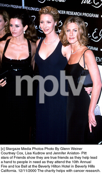 "Courteney Cox, Lisa Kudrow, Jennifer Aniston-Pitt""Fire And Ice Ball: 10th Annual,"" 12/11/2000. © 2000 Glenn Weiner - Image 17348_0107"