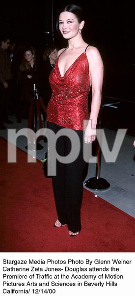 "Catherine Zeta Jones""Traffic"" Premiere, 12/14/00. © 2000 Glenn Weiner - Image 17362_0110"
