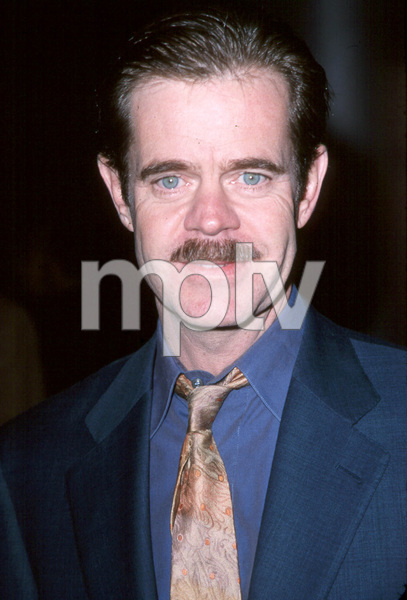 "William H. Macy""State And Main"" Premiere, 12/18/00. © 2000 Scott Weiner - Image 17394_0100"
