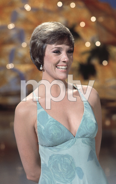 """""""The Julie Andrews Hour""""Julie Andrews1972 **H.L. - Image 17461_0003"""