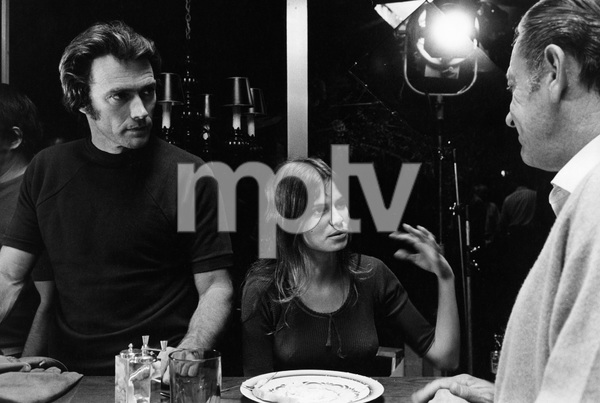 """""""Breezy""""Director Clint Eastwood, Kay Lenz, William Holden1973 Universal Pictures © 1978 David Sutton - Image 1754_0007"""
