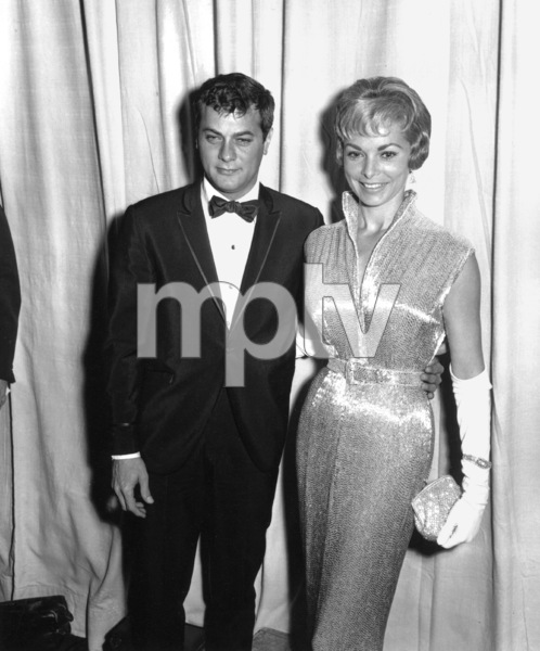 Tony Curtis and wife Janet Leigh.Academy Awards: 32nd Annual, 1960.**I.V. - Image 1757_0040