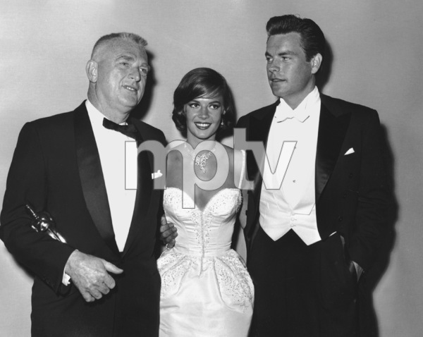 Natalie Wood and Robert Wagner.Academy Awards: 32nd Annual, 1960.**I.V. - Image 1757_0044
