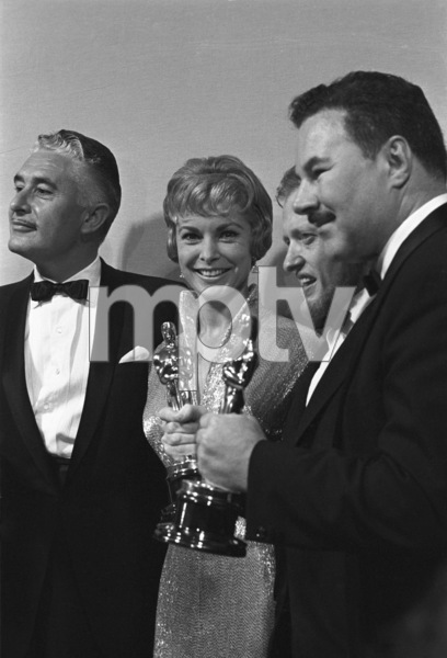 """""""The 32nd Annual Academy Awards""""Janet Leigh1960© 1978 David Sutton - Image 1757_0058"""