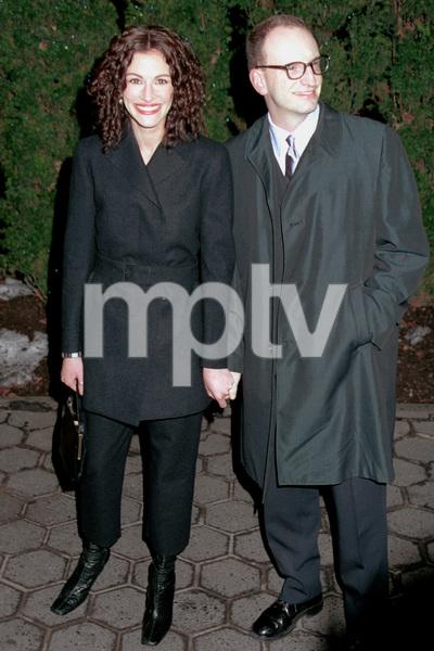 Julia Roberts, and dateFilm Critics Awards: 2001 © 2001 Ariel Ramerez - Image 17574_0120