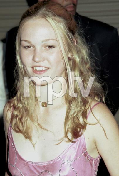 Julia StilesMTV Video Music Awards: 2000 © 2000 Ariel Ramerez - Image 17591_0136