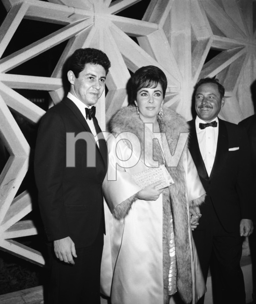 """Suddenly, Last Summer"" (Premiere)Eddie Fisher, Elizabeth Taylor, Tennessee Williams1959 © 1978 David Sutton - Image 1763_0029"