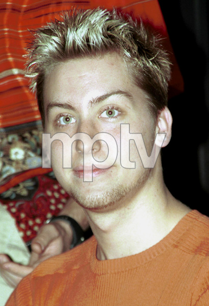 NSYNC Charity: Challenge For The Children II 2000Lance Bass © 2000 Ariel Ramerez - Image 17708_0101