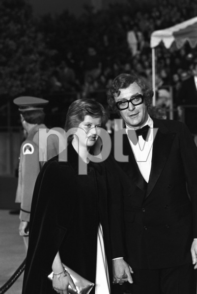 """The 45th Annual Academy Awards""Michael Caine with his daughter Dominique1973 © 1978 Gunther - Image 1781_0030"