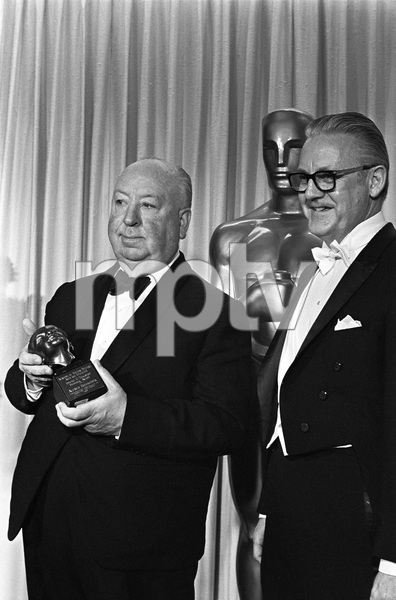 """""""The 40th Annual Academy Awards""""Alfred Hitchcock, Robert Wise1968 © 1978 Bud Gray - Image 1799_0039"""