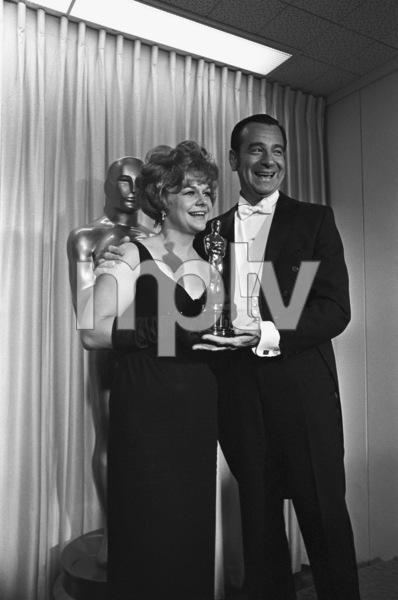 """The 40th Annual Academy Awards""Estelle Parsons, Walter Matthau1968© 1978 Bud Gray - Image 1799_0042"