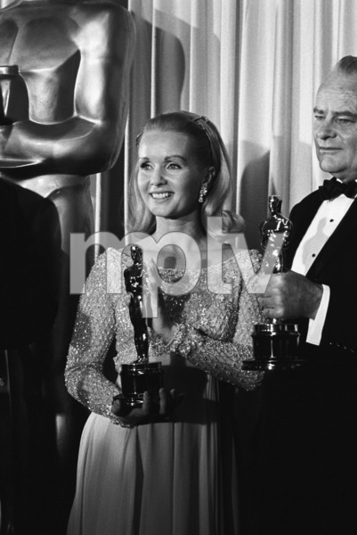 """The 38th Annual Academy Awards""Debbie Reynolds1966© 1978 Chester Maydole - Image 1800_0033"