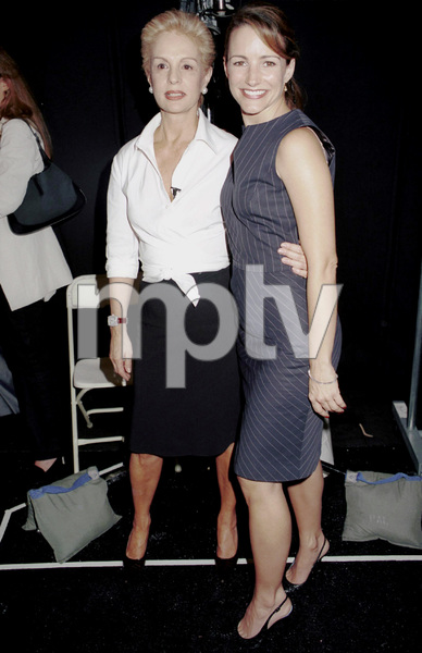 Carolina Herrera, Kristin DavisNew York Fashion Week, 2000. © 2000 Ariel Ramerez - Image 18002_0108