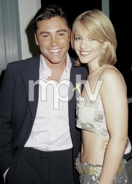 Oscar De La Hoya and dateLatin Grammy Awards: 2000, New York © 2000 Ariel Ramerez - Image 18003_0140