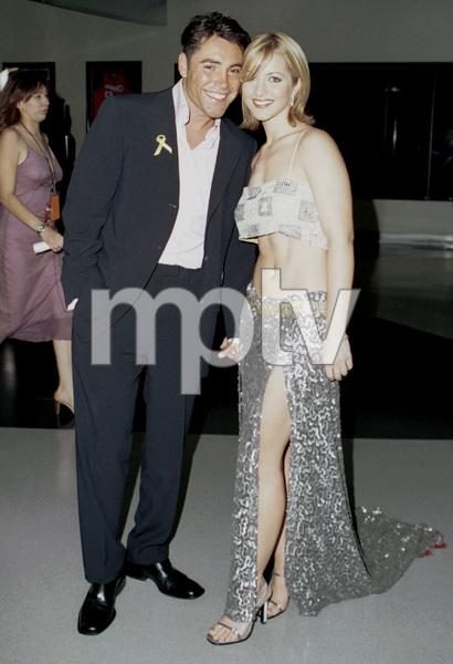 Oscar De La Hoya with date.Latin Grammy Awards: 2000, New York © 2000 Ariel Ramerez - Image 18003_0141