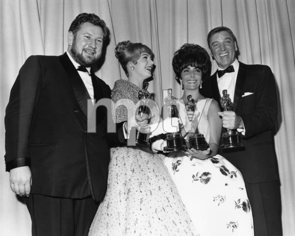 """The 33rd Annual Academy Awards""Peter Ustinov, Shirley Jones, Elizabeth Taylor, Burt Lancaster1961** I.V. - Image 1801_0035"