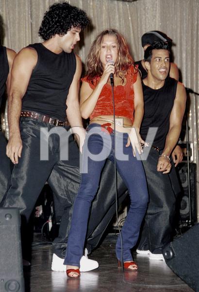 Joy EnriquezLatin Grammy 2000: Conga Room © 2000 Ariel Ramerez - Image 18052_0104