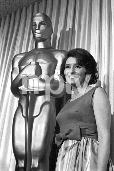 """""""The 39th Annual Academy Awards""""Patricia Neal1967 © 1978 Bud Gray - Image 1808_0043"""