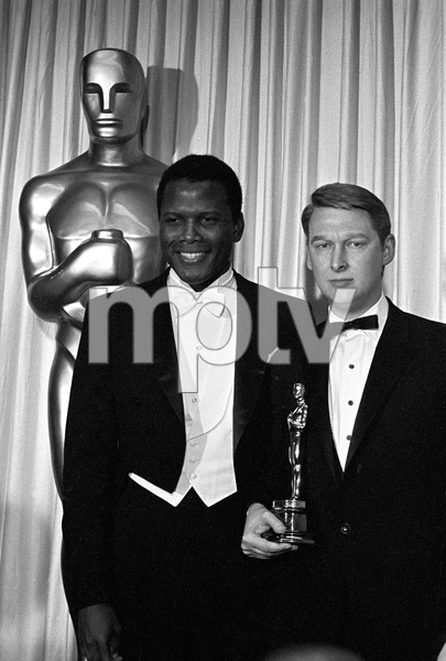 """""""The 39th Annual Academy Awards""""Sidney Poitier, Mike Nichols1967 © 1978 Bud Gray - Image 1808_0044"""