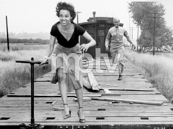 """Carmen Jones""Dorothy Dandridge1954 20th Century Fox** I.V. - Image 18239_0017"
