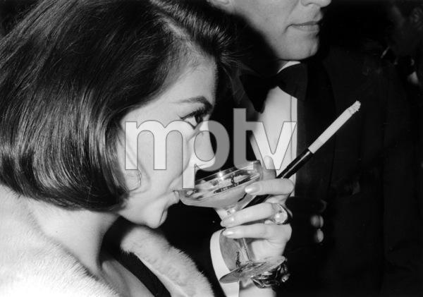 """Cleopatra"" Premiere, 1963Natalie Wood © 1978 Chester Maydole - Image 18288_0002"