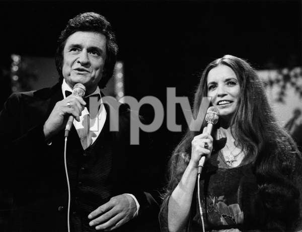 """The Johnny Cash Christmas Special""Johnny Cash, June Carter Cash1977** H.L. - Image 18436_0003"