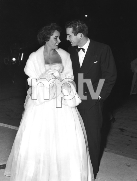 """The Heiress"" (Premiere)Elizabeth Taylor, Montgomery Clift1949** I.V. - Image 18572_0005"