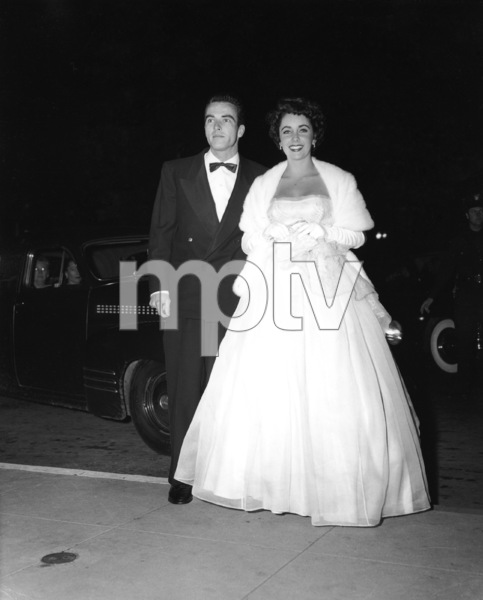 """The Heiress"" (Premiere)Elizabeth Taylor, Montgomery Clift1949** I.V. - Image 18572_0006"