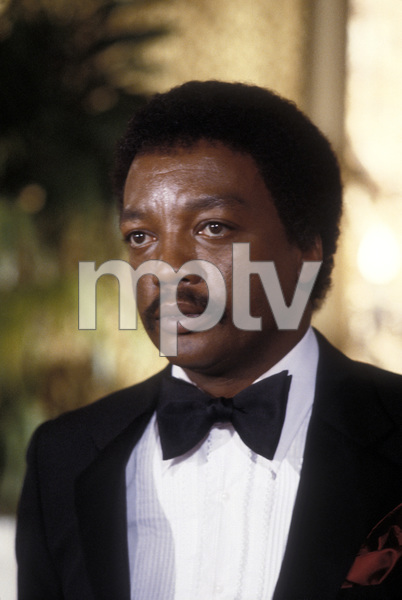 """The Sophisticated Gents""Paul Winfield © 1981 Daniel Wilson Productions Inc.Photo by Ron Tom**H.L. - Image 18596_0003"