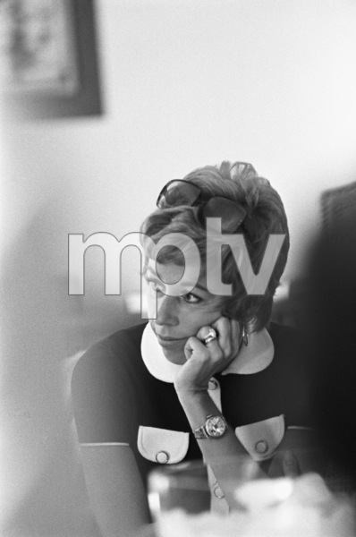 "Carol Burnett at a ""Laugh-In"" rehearsal1969 © 1978 Gunther - Image 1941_0095"