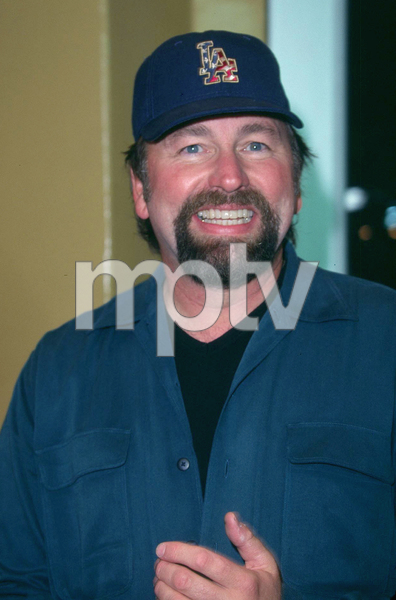 John Ritter attends the Premiere of the new film, Bandits held at the Mann Village theater in Westwood California. 10/04/01. © 2001 Glenn Weiner - Image 19588_0124