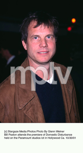 Bill Paxton attends the premiere of Domestic Disturbance held on the Paramount studios lot in Hollywood Ca. 10/30/01. © 2001 Glenn Weiner - Image 19661_0105