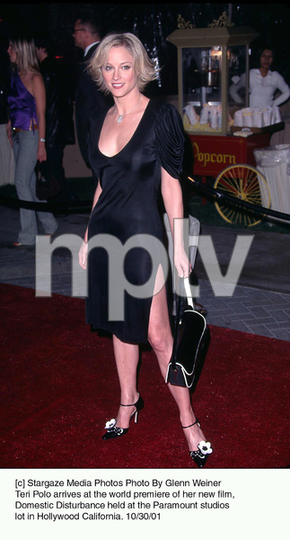 Teri Polo arrives at the world premiere of her new film, Domestic Disturbance held at the Paramount studios lot in Hollywood California. 10/30/01. © 2001 Glenn Weiner - Image 19661_0129