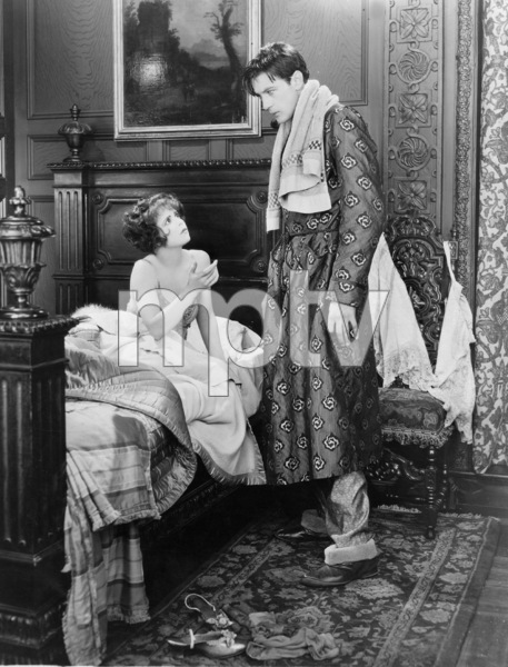 """Children of Divorce"" Clara Bow, Gary CooperParamount, 1927** I.V. - Image 19668_0003"
