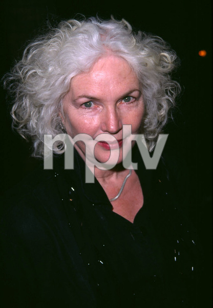 Fionnula Flanagan at the premiere for the new film,In the Bedroom held at the Academy of Motion Pictures Arts & Sciences in Beverly Hills California. 11/15/01. © 2001 Glenn Weiner - Image 19680_0102
