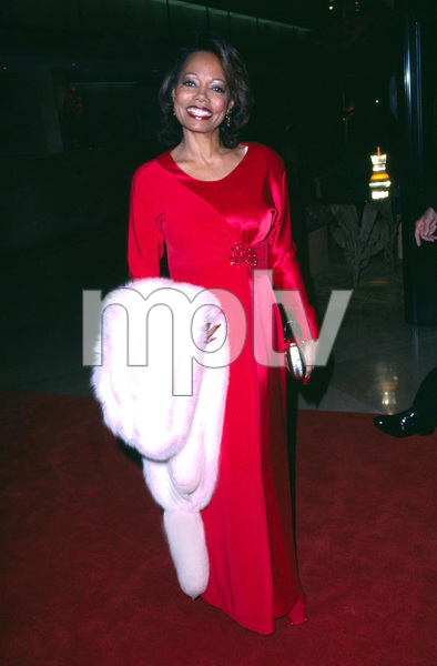 Florence LaRue one of the members of the 5th Dimenion group attends Evening of the stars a gala benefit to raise money for cancer research. The event was held at the Beverly Hilton in Beverly Hills Ca. 11/17/01. © 2001 Scott Weiner - Image 19688_0103