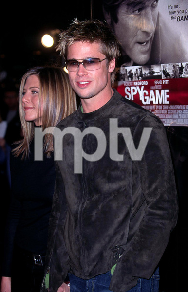 Brad Pitt along with his wife arrive at the premiere for his new film, Spy Game held at the Mann National theatre in Westwood Ca. 11/19/01. © 2001 Glenn Weiner - Image 19691_0115