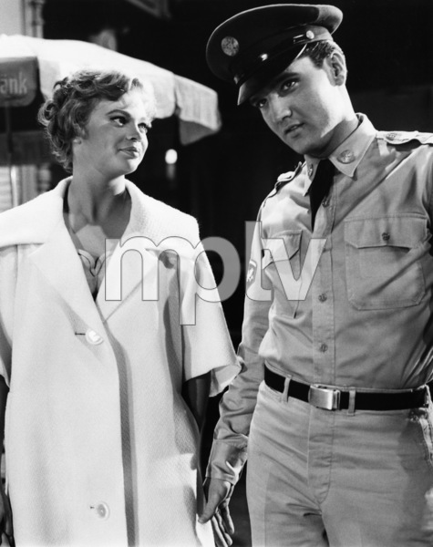 """G.I. Blues""Juliet Prowse, Elvis Presley1960Photo by Joe Shere - Image 19694_0005"