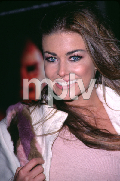 """The Impostor"" Premiere 12/4/01Carmen Electra in Westwood, California © 2001 Scott Weiner - Image 19746_0002"